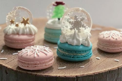 CEB Snow globes macarons